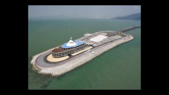 Hong Kong-Zhuhai-Maco Bridge's artificial island controversy: discussion with Albert Lai & Raymond Chan
