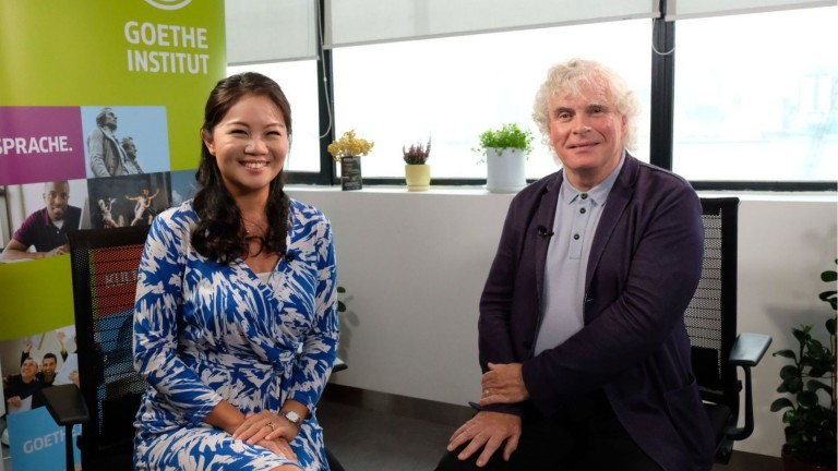 Interview with Berlin Philharmonic Simon Rattle & in the studio: The Sousaphonics